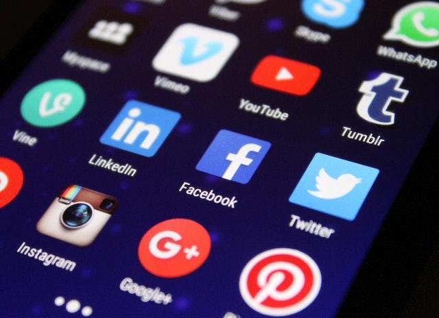 Facebook irá associar sua marca ao Instagram e ao WhatsApp