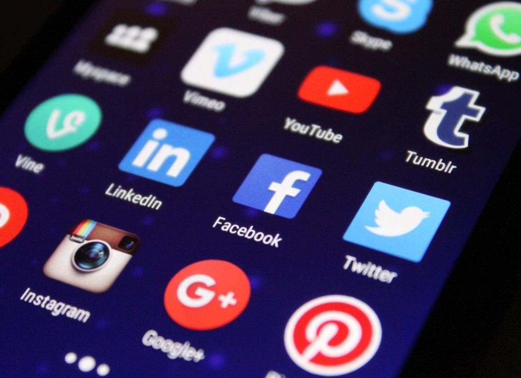 França anuncia imposto digital de 3% para gigantes de tecnologia