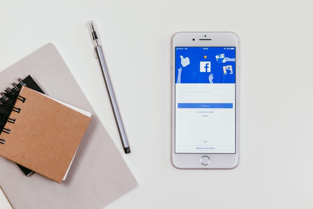 Como contornar a queda de audiência no Facebook